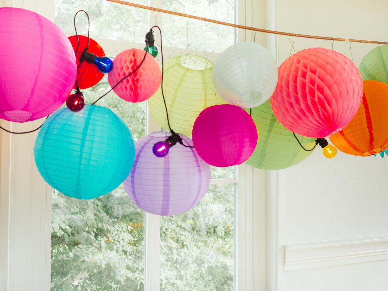 Neon-lampionnen-honeycombs-en-waaiers